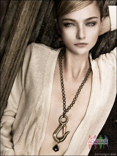 Female Models required for Imitation Jewellery Photoshoot in Mumbai - Paid Shoot